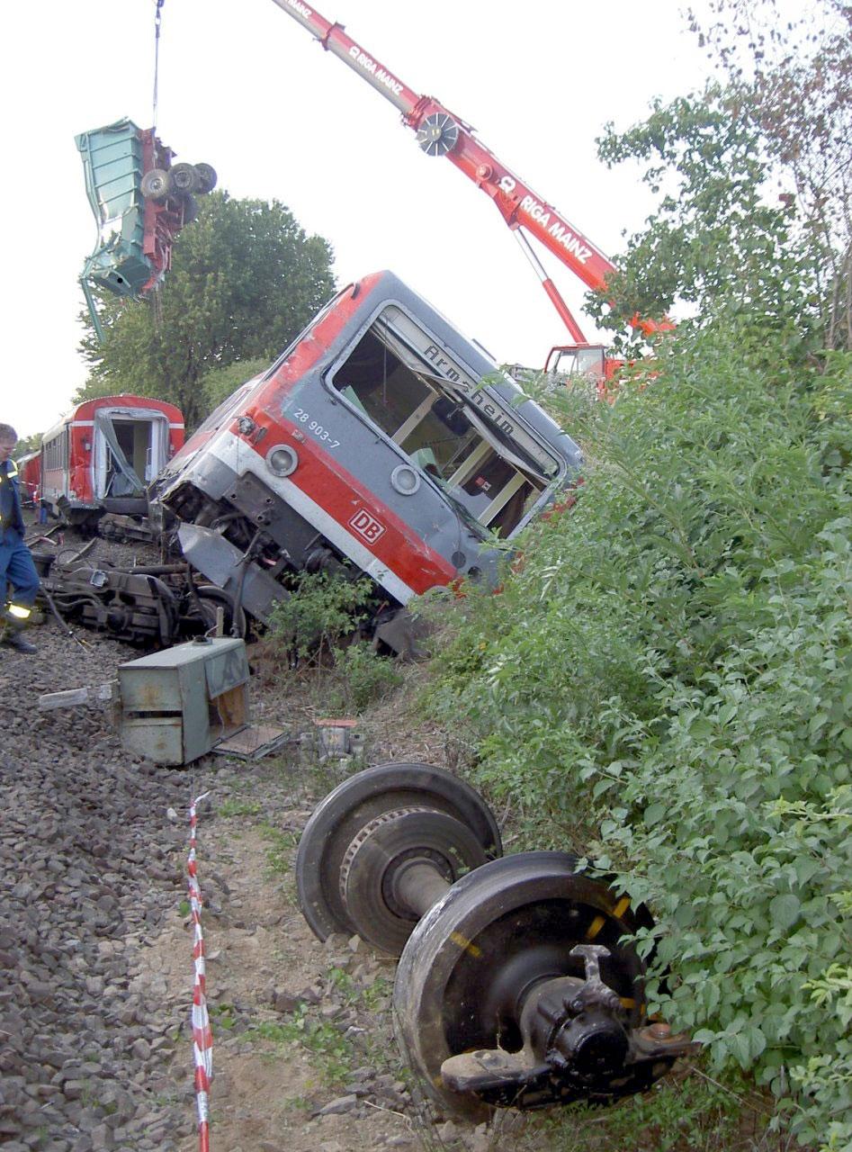 2006-07-Bahnunfall-1
